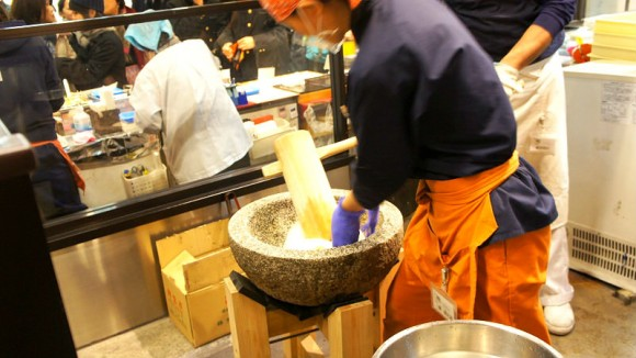 Demonstration of Mochi rice cake making