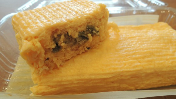 Umaki (Omelet with Unagi)