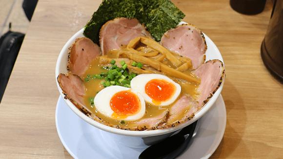 Tori Tonkotsu Ramen + Boiled egg + Chashu