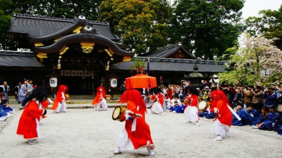 Yasurai Dance