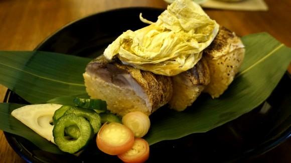 Saba-zushi (mackerel sushi)