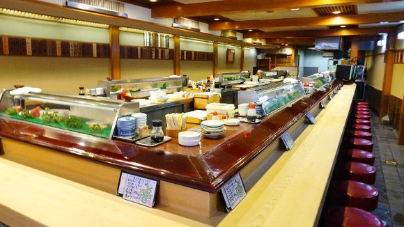 Kinbe Sushi Interior Photo 1