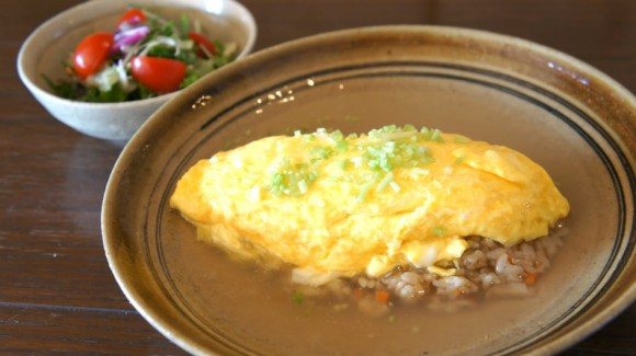 Omelette with pilaf