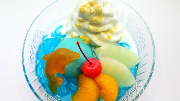 """Splash with dolphins!!"" gelidium jelly and ice cream"